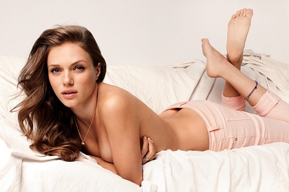 Tracy-Spiridakos-Feet-753305